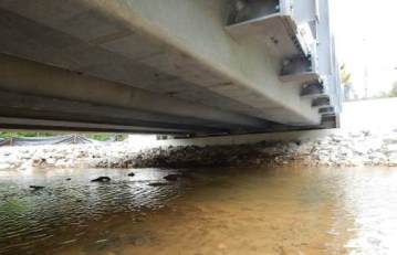 Close up of tub girders under bridge Twitter